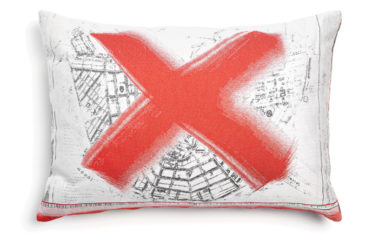 Heritage & Oil Pillows Marcel Wanders - Remembering Places