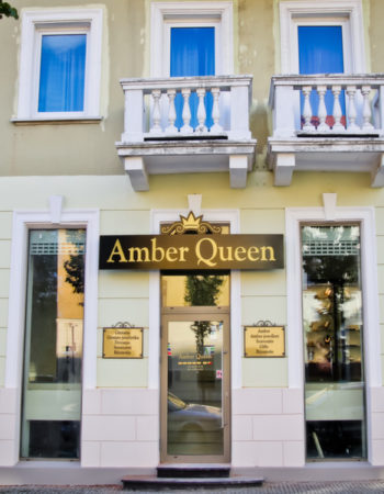 Amber Queen Jewelry
