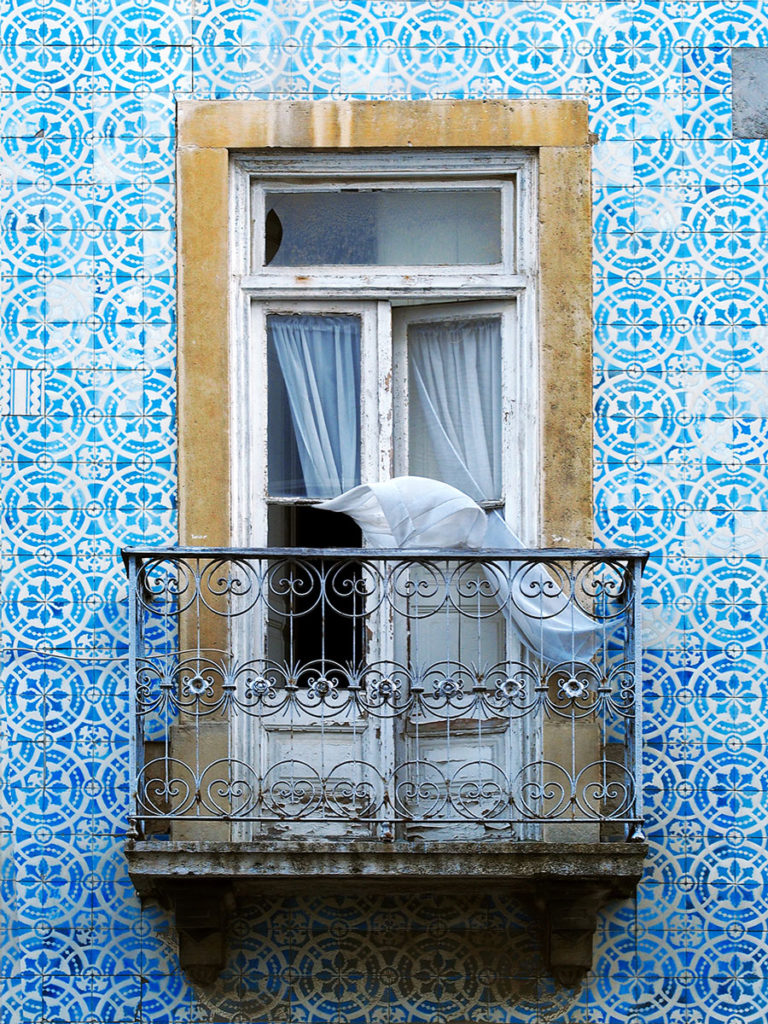 Azulejo - featured - Remembering Places